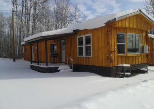 ernies-cottages-campground-photo2