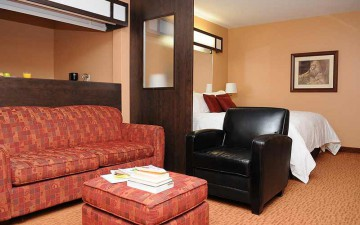 hearst-villa-inn-suites