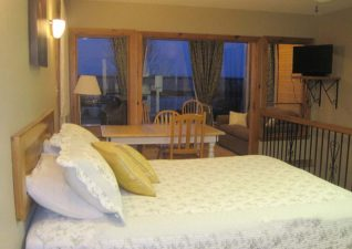 hilton-beach-inn-photo-1