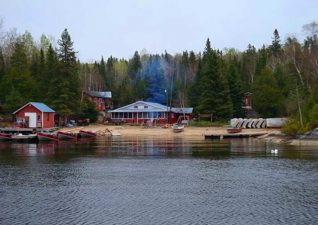 northern-walleye-lodge-photo2