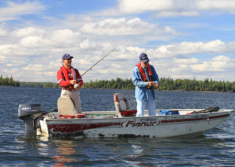 Train in fishing lodges northern ontario for Where to go fishing