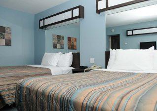 villa-inn-suites-photo-4