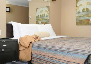 villa-inn-suites-photo-7