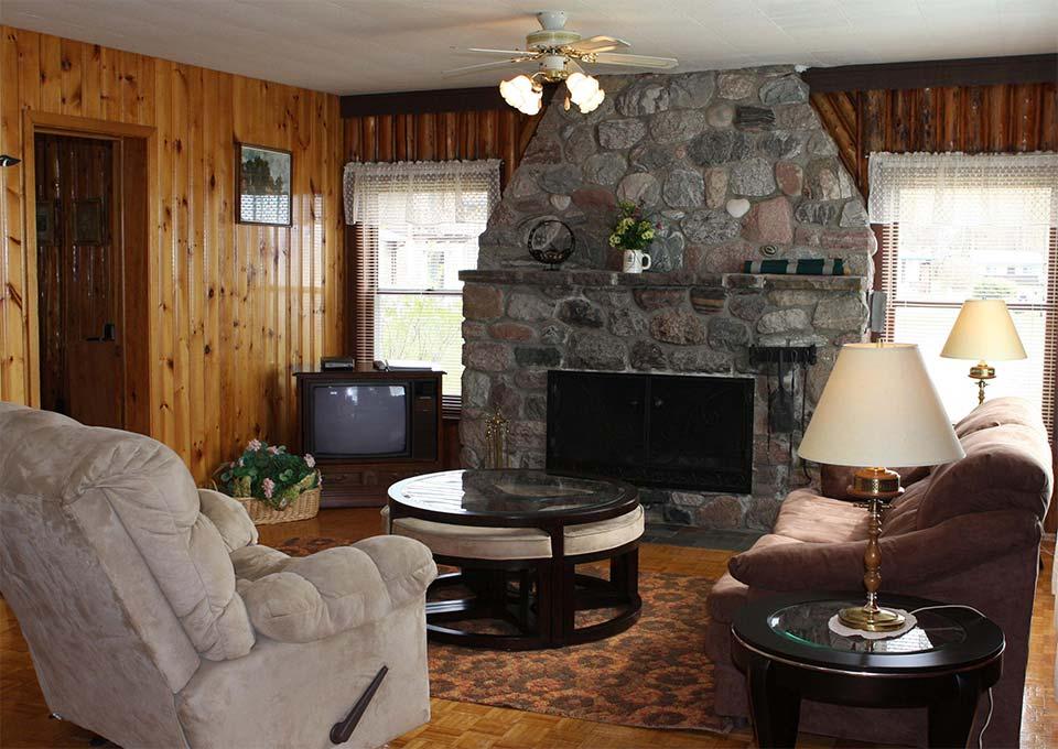 st-moritz-living-room