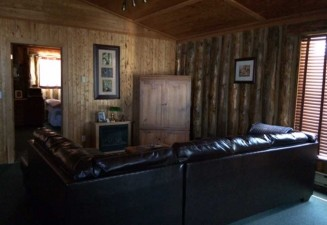 agichs-riverside-cabin-photo2