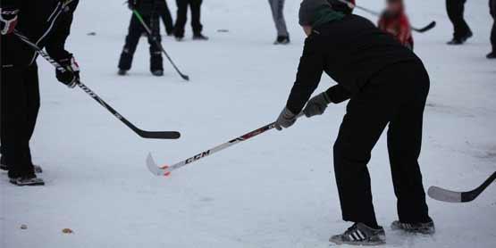 ice hockey game spruce beach