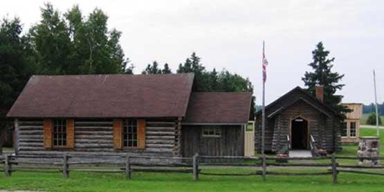 heritage park museum, little rapids