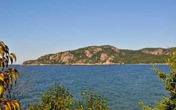 lake-superior-park-alona-bay