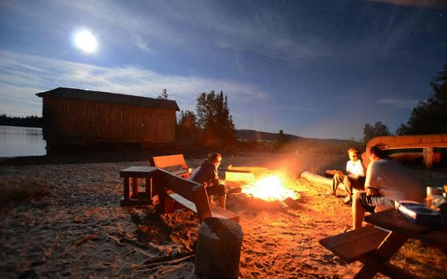 rockisland_campfire