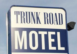 trunk-road-motel-photo2