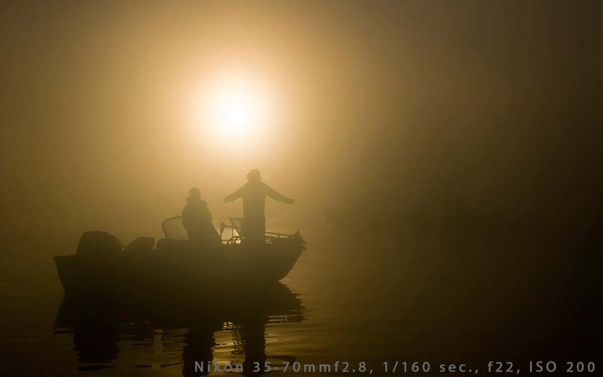 foggy-day-on-lake