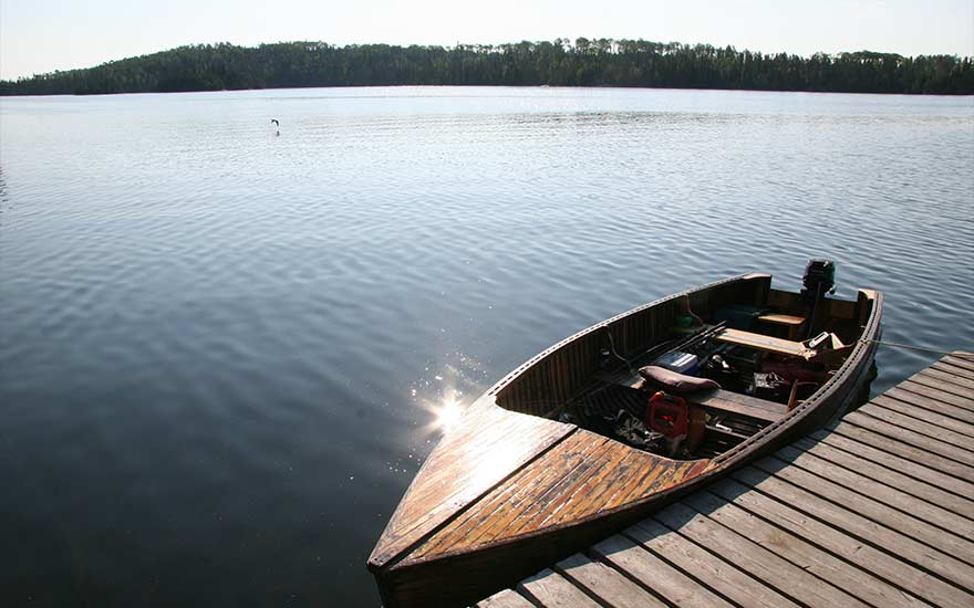 fishing-boat-algoma-country