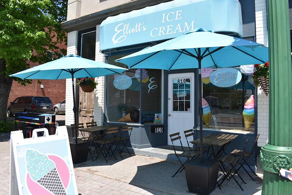 elliots-ice-cream-store-front