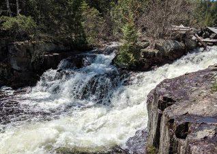 ritchie-falls-resort-1
