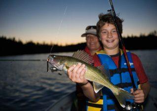 family-fishing-photo4