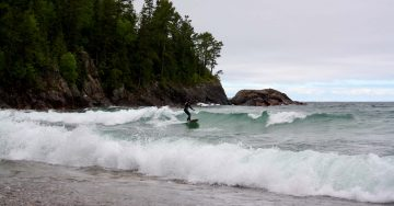 surfing-on-lake-superior