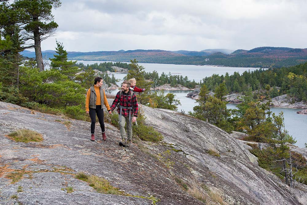 a-guide-to-hiking-in-algoma-photo-8a