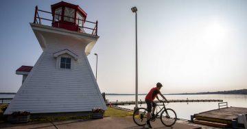 cycling-stjosephisland-richardslanding