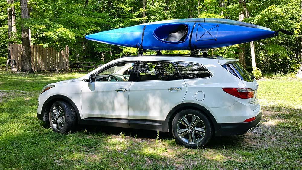 37-vehicle-and-kayak