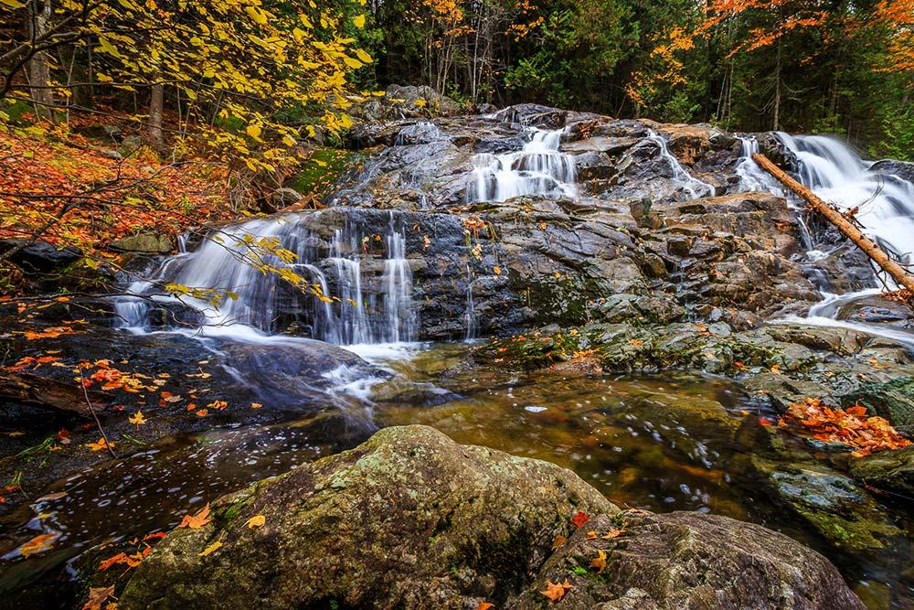 5-Robertson-Cliffs-Falls-October
